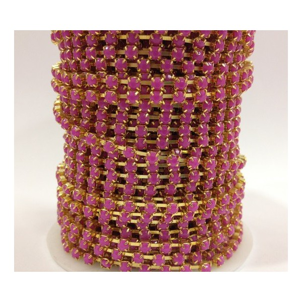 Catena con Strass in Resina 4mm Fucsia
